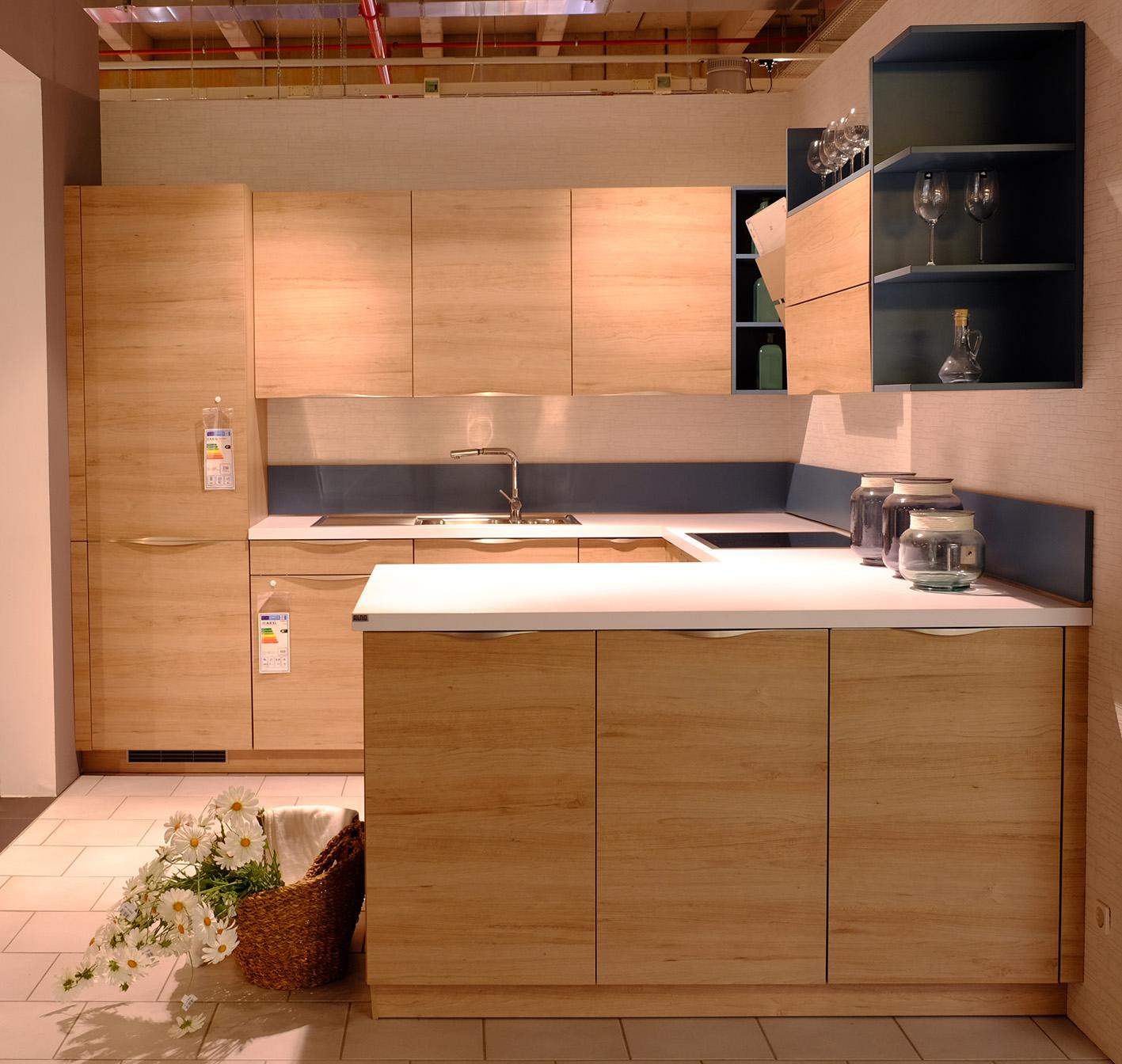 alno plan kueche kaufen moebelarena waldshut rheinfelden 4. Black Bedroom Furniture Sets. Home Design Ideas