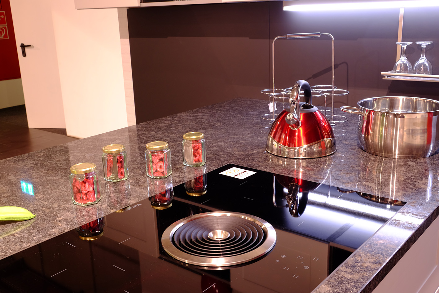 alno shape wohnpark binzen. Black Bedroom Furniture Sets. Home Design Ideas