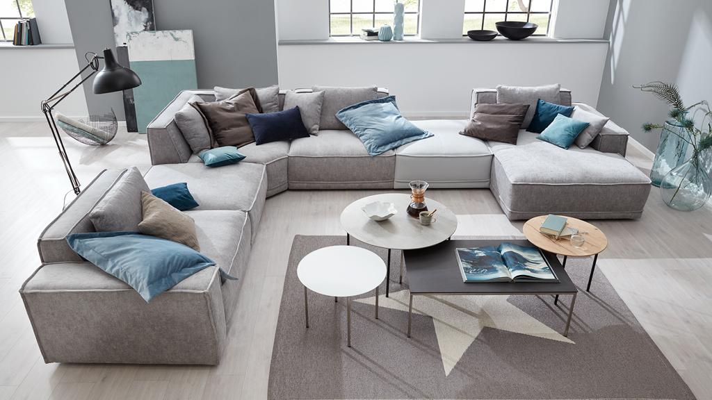 Großes Wohnzimmer – viel Platz zur Gestaltung